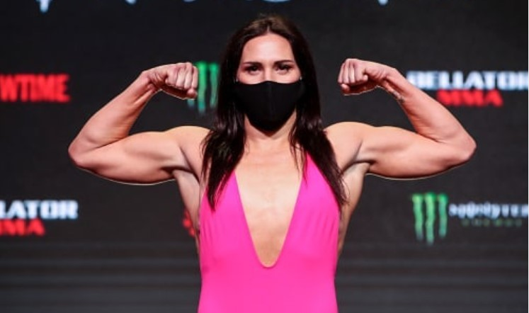 Cat Zingano IG Post - My mood is ?? today! Excited for the